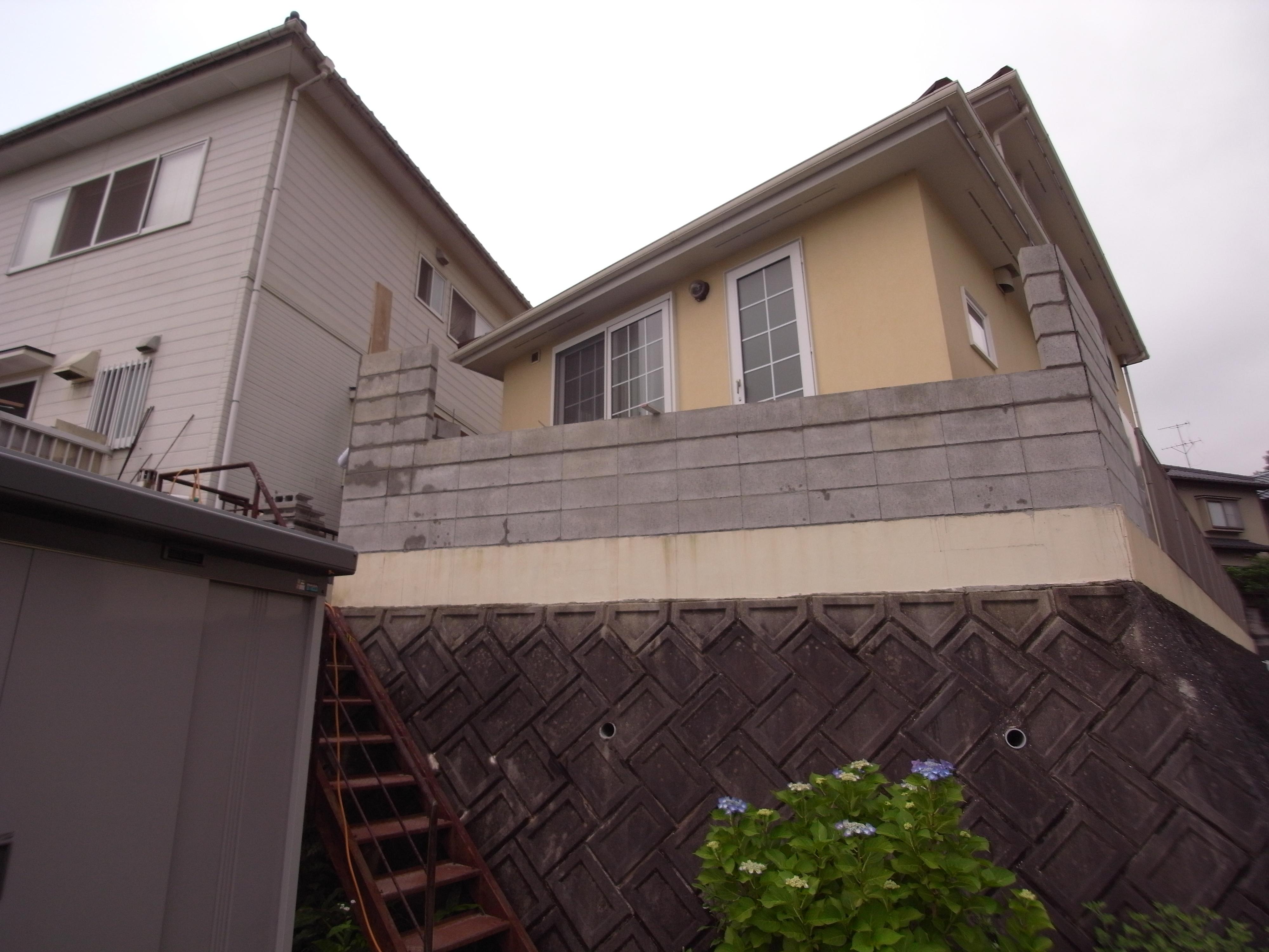 高台のウッドデッキをタイルテラスに 広島市安佐南区 I様邸 ...